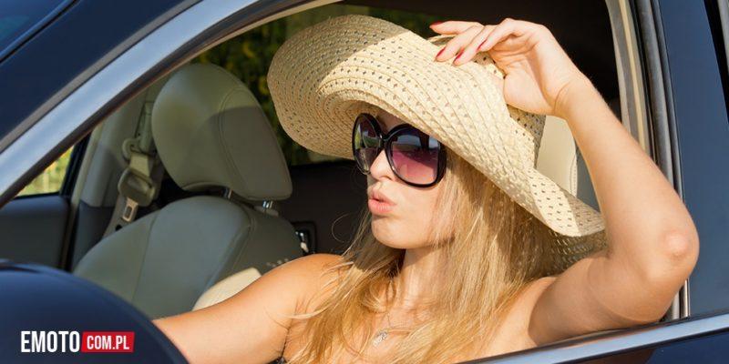 Dlaczego coraz mniej osób zdobywa prawo jazdy?