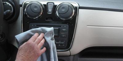 Oklejanie samochodów folią ochronną czy powłoki ceramiczne