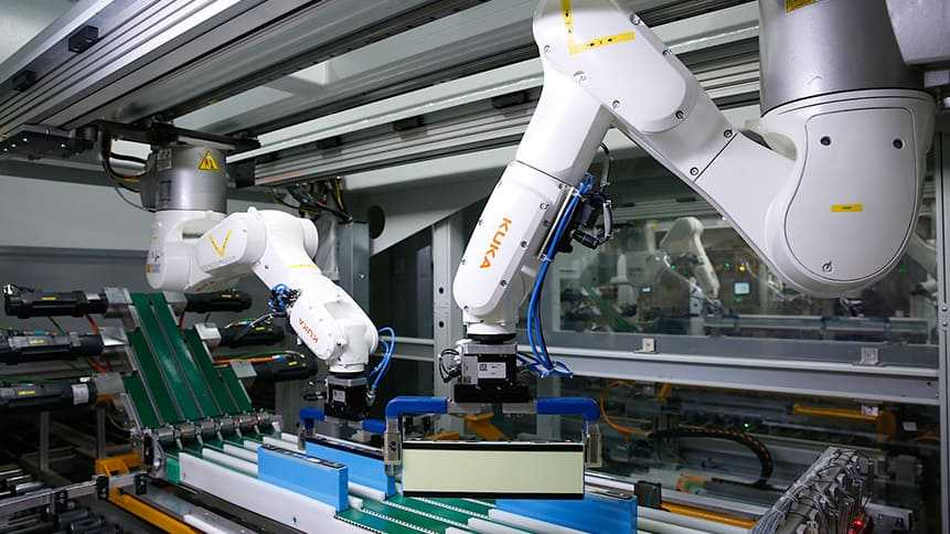 Bmw zwiększa produkcję akumulatorów w chinach