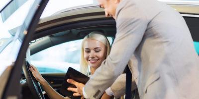 Jak przygotować umowę kupna sprzedaży samochodu?