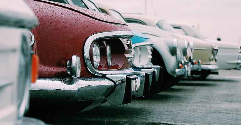 Używane samochody na placu