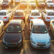 Flota samochodów różnych marek