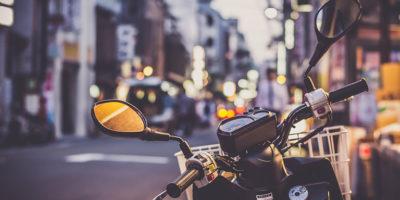 Części motocyklowe z Internetu